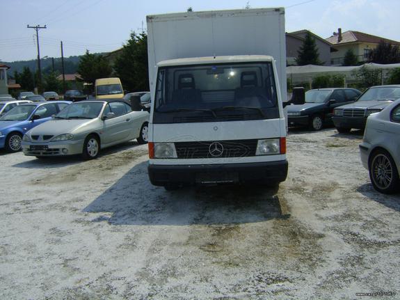 Mercedes-Benz '00 MB 100 DIESEL