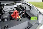 Ηλεκτρονικός εκκινητής - φορτιστής μπαταριών 10800 mAh. BGS Γερμανίας-thumb-2