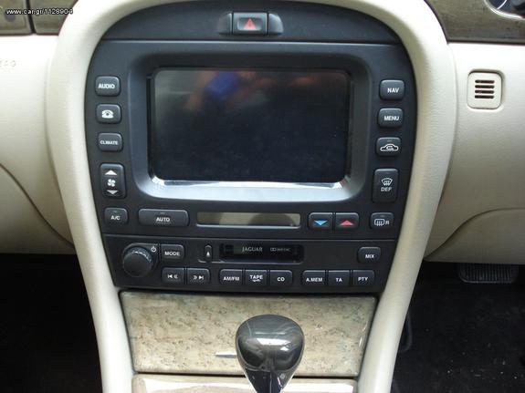 jaguar x type GPS RADIO CD