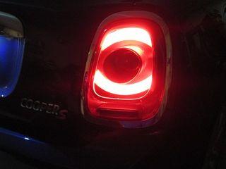 ΠΩΛΕΙΤΑΙ ΖΕΥΓΑΡΙ ΠΙΣΩ ΦΑΝΑΡΙΩΝ LED για MINI COOPER F56