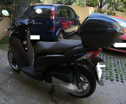 Honda SH 300i '15 SH300 ABS TOP BOX