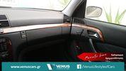 Mercedes-Benz S 320 '02-thumb-22