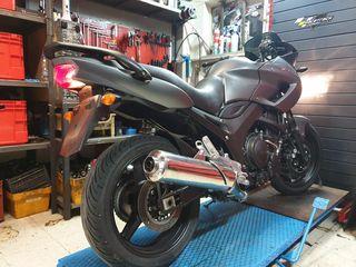 Yamaha TDM900 ABS 2010 κινητήρας σε τέλεια κατάσταση.  Περισσότερα ανταλλακτικά απο το συγκεκριμένο μοντέλο!