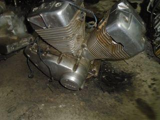 Μοτέρ XV 250 VIRAGO