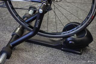 Ποδήλατο δρόμου '18 Προπονητήριο smart Bkool pro