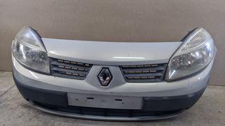 Μπροστά προφυλακτήρας και φανάρια από Renault Scénic II 2003–2006