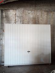 γκαραζόπορτα οροφής 2,30 μήκος*2,00 ύψος με μοτέρ