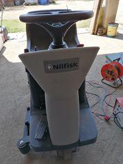 Μηχάνημα μηχανήματα καθαρισμού '09  nilfisk BR i751 ΣΚΟΥΠΑ ΣΑΡΩΘΡ
