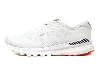 Sports shoes, brooks