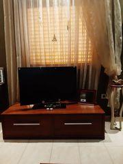 ΄Επιπλο TV με 2  μεγάλα συρτάρια  ύψος 0,37cm  βάθος 0,60cm  μήκος 1,40m.