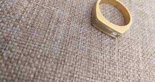 Ανδρικο δαχτυλιδι 18 καρατια με διαμαντι