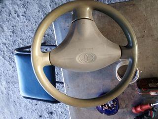 Τιμόνι Toyota yaris 2002