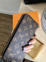 Louis Vuitton Zippy Monogram Wallet
