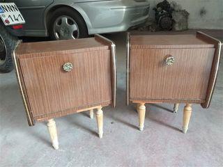 Δυο κομοδίνα vintage του 60