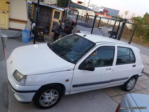 Renault Clio '94