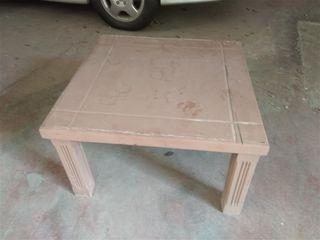 Τραπεζάκι ξύλινο 71Χ71Χ41