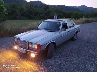 Mercedes-Benz 240 '80 123 3.000cc