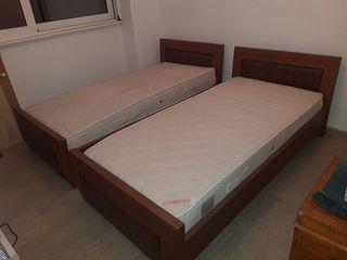 Πωλούνται 2 κρεβάτια μαζί ή χωριστά