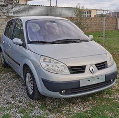 Renault Scenic '04