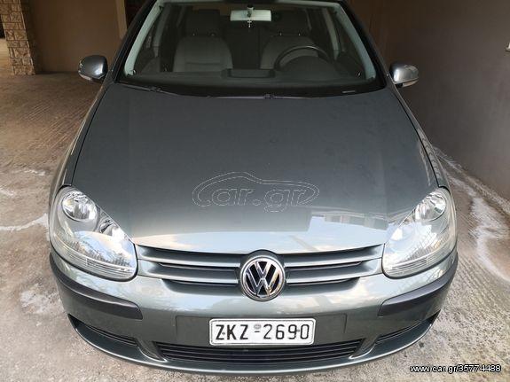 Volkswagen Golf '04 5d