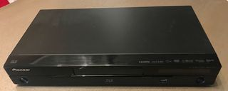 Pioneer BDP-430 3D Blu-Ray player.