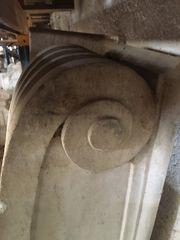 Μαρμάρινα παλιά φουρούσια νεοκλασικά αρχιτεκτονικά στοιχεία διακόσμησης