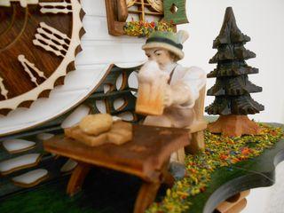 Ρολόι κούκος με κινούμενη παράσταση αλπίνου που πίνει μπύρα και νερόμυλο που γυρνάει #4214 QM -- CuckooClock.gr --
