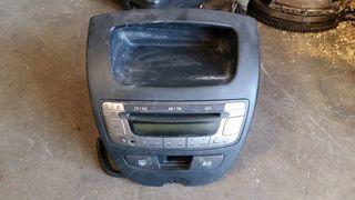 ALMERA N16 Ράδιο-CD