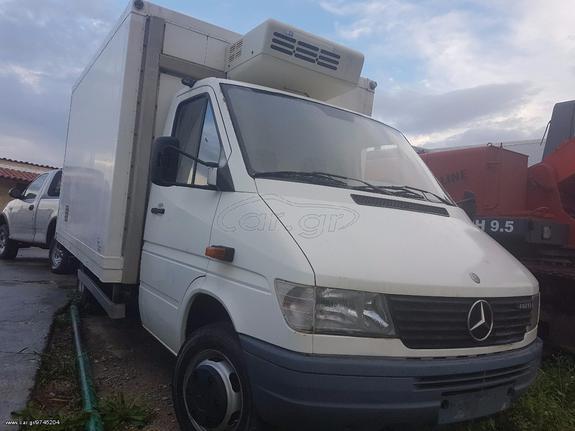 Mercedes-Benz '99 412